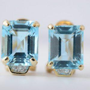 Gouden oorbellen met topaas en diamant