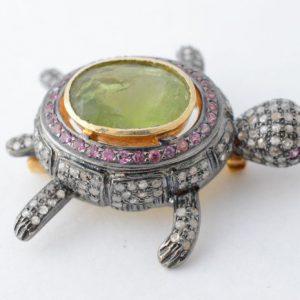 Schildpad broche met edelstenen