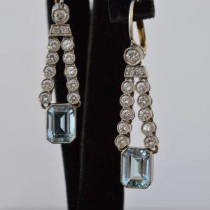 Aquamarijn oorbellen met diamant