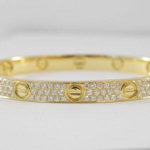 Armband bezaaid met diamanten