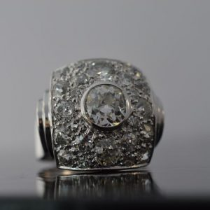 Art deco ring met diamanten