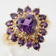 Entourage ring met amethist en diamant