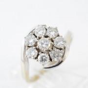 Fantasiering met diamanten