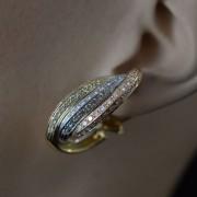 Tricolour-oorbellen-met-diamanten-1